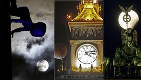 Měsíc v noci zmizel a pak se zbarvil do ruda: Nevídaná podívaná zaujala celý svět!