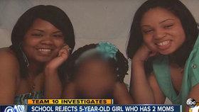 Lesby tady nechceme: Křesťanská školka vyhodila holčičku, protože ji vychovávají dvě mámy