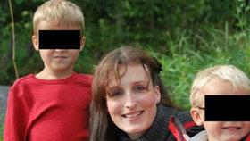Naděje pro Evu Michalákovou a její »ukradené« syny: Norové vrátili dítě, které jedlo rukama...