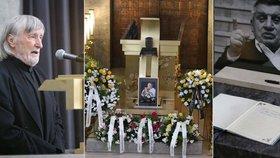 Sledovali jsme ONLINE pohřeb Jiřího Krytináře: Nad urnou mluvil Juraj Jakubisko