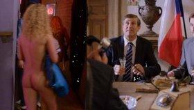 Vánoční Kameňák hodně přitvrdil: Sex, nahota a opilý prezident!