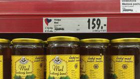 Dohra kauzy antibiotických medů odhalených Bleskem: Veterináři stopli Včelpu činnost