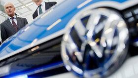 Volkswagen sníží emise u stovek tisíc vozů. Úprava softwaru se dotkne i škodovky