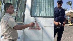 Egyptské divadélko pro turisty: Ochranka používá falešné detektory bomb
