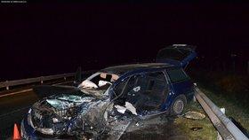 Řidič narazil čelně do kamionu: Chtěl se zabít z nešťastné lásky