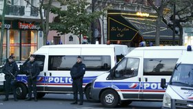 Teroristé ISIS měli znovu zabíjet v Paříži. Cíl: Disneyland i vánoční trhy