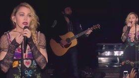 Madonna proti IS: Během koncertu pronesla slova, která džihádistům nebudou vonět!