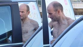 Vyhublý Dalibor Gondík se převlékal na ulici. Už opravdu nemá ani gram tuku!