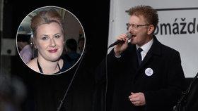 Tereza Černochová o bratru Markovi: On zpíval hymnu? To ani nechci slyšet