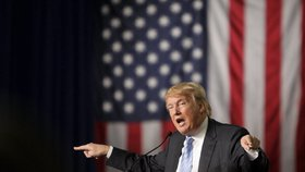 Trump: Muslimové v USA oslavovali útoky 11. září. A teroristy mučte