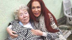 Návrhářka šejků v slzách: Blanku Matragi opustil její nejbližší člověk