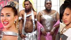 Lepší než originál! Brazilský blogger se rád obléká do kostýmu slavných žen! Podívejte se, jak mu sluší