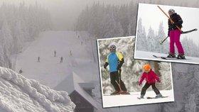 Lyžaři už sjíždějí svahy v Krkonoších. Na Černé hoře začala zimní sezona