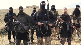 Nový brutální způsob popravy ISIS: Vlastní bojovníky nechali umrznout!