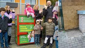 Zloději ukradli kontejner, o peníze ale připravili pražský Klokánek