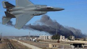 """Letadla pod vedením USA prý zabila tři vůdce ISIS, včetně """"ministra financí"""""""