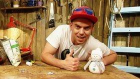 Vyrobte si s dětmi sněhuláka z ponožky, Láďa Hruška vás to naučí