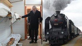 Zeman obdivoval vlak legionářů. Prezidenta o holi zaujala dřevěná noha