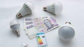 Úsporné a klasické žárovky versus LEDky: Se kterými ušetříte nejvíc?