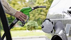 Benzín v Praze zdražil o více než 60 haléřů za litr. Kde je nejlevnější?