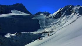 Český lyžař (†41) zahynul v Alpách. Ve vysoké rychlosti narazil do stromu