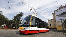 124 tramvají dostane klimatizaci: Snesitelnější jízda v pražské MHD za 400 milionů