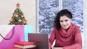 Velké slevy na e-shopech! Šaty za 500 korun, kabáty do tisícovky