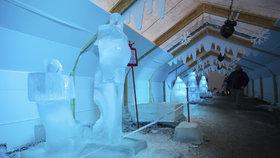 Zamrzlé království v Rožnově obsadily ledové sochy. Nejvíc se dařilo Polákům