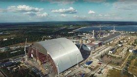 Unikátní záběry Černobylu: Dron natočil sarkofág chránící svět před radiací