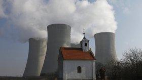 Dukovany obsadí armáda: Jadernou elektrárnu budou hlídat vojáci až do pátku