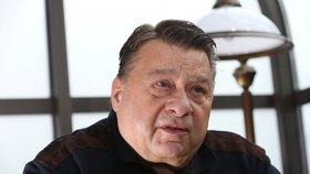 Zatčený exkriminalista Doucha: Od policie odešel kvůli stykům s mafií, tvrdil Ruml