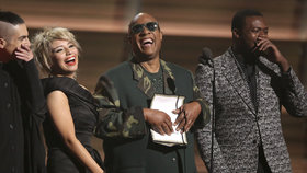 Stevie Wonder pobavil na Grammy: Vysekl ukázkový vtip o slepcích!