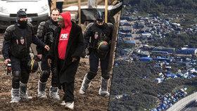 """Soud pokáral Francii za podmínky v """"Džungli"""". Uprchlíkovi má zaplatit statisíce za ponížení"""