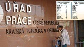 Firmy v Česku hromadně propustí skoro 400 lidí. Nejvíc jich bude z Moravy