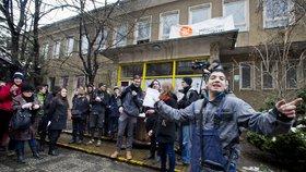 Klinika se vrací na Žižkov. Soud zamítl stížnost úřadu na aktivisty