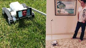 Rozvedený táta vynalezl robota, aby si mohl s dětmi hrát na dálku