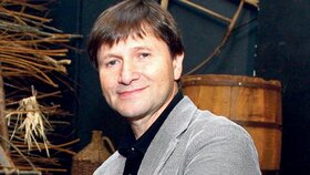 Dojatý Jan Hrušínský: Vzal jsem si kravatu, protože setkání s tátou považuji za vzácné