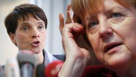 Kritičce Merkelové v Německu podpálili auto. Petryová je ostrá na uprchlíky