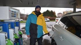 Benzin a nafta v Praze zdražily: Víme, kde natankujete pod 30 Kč