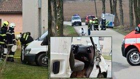 Opilý řidič na Benešovsku po bouračce zapomněl v autě mrtvého spolujezdce a šel v klidu spát