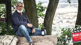 Čtvrteční filmové premiéry: Jiří Bartoška zpět na stříbrném plátně!