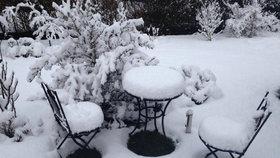 Střední Německo zasypal aprílový sníh, teď míří na Česko. Potom bude 20 stupňů