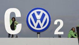 Volkswagen se vyplatí z emisního skandálu. Částce 108 miliard kývl soud v USA