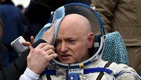 Následovník Gagarina Scott Kelly: Po roce ve vesmíru mu hrozí rakovina