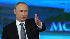 Putin Rusům: Euro byla chyba, Obama je čestný, u Savčenkové uvidíme