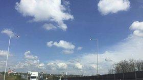 Omezení dopravy na Štěrboholské spojce: Silnici opraví, je v havarijním stavu