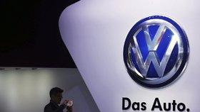 Volkswagen prý pomáhal týrat zaměstnance. Nechal je údajně mučit i na pracovišti