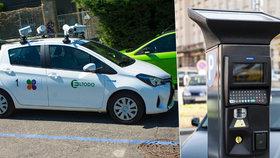 """Na parkování v modrých zónách dohlédne """"špiónské auto"""": Zkontroluje tisíce zaparkovaných vozidel denně"""