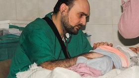 """Po náletu na nemocnici v Sýrii už 50 mrtvých. I """"nejlepší pediatr v Aleppu"""""""