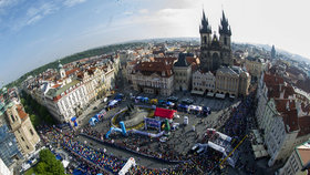 Maraton v centru Prahy zastaví chodce i auta: Neprojdete ani nezaparkujete! Kudy se poběží?